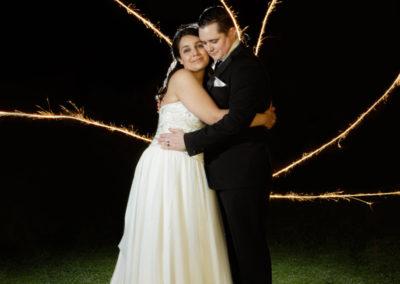 W837_506c-Twin Oval Function Centre Kingston Tasmania Wedding. Photography by Paul Redding, Creative wedding photography