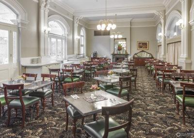 Hadley's Orient Hotel